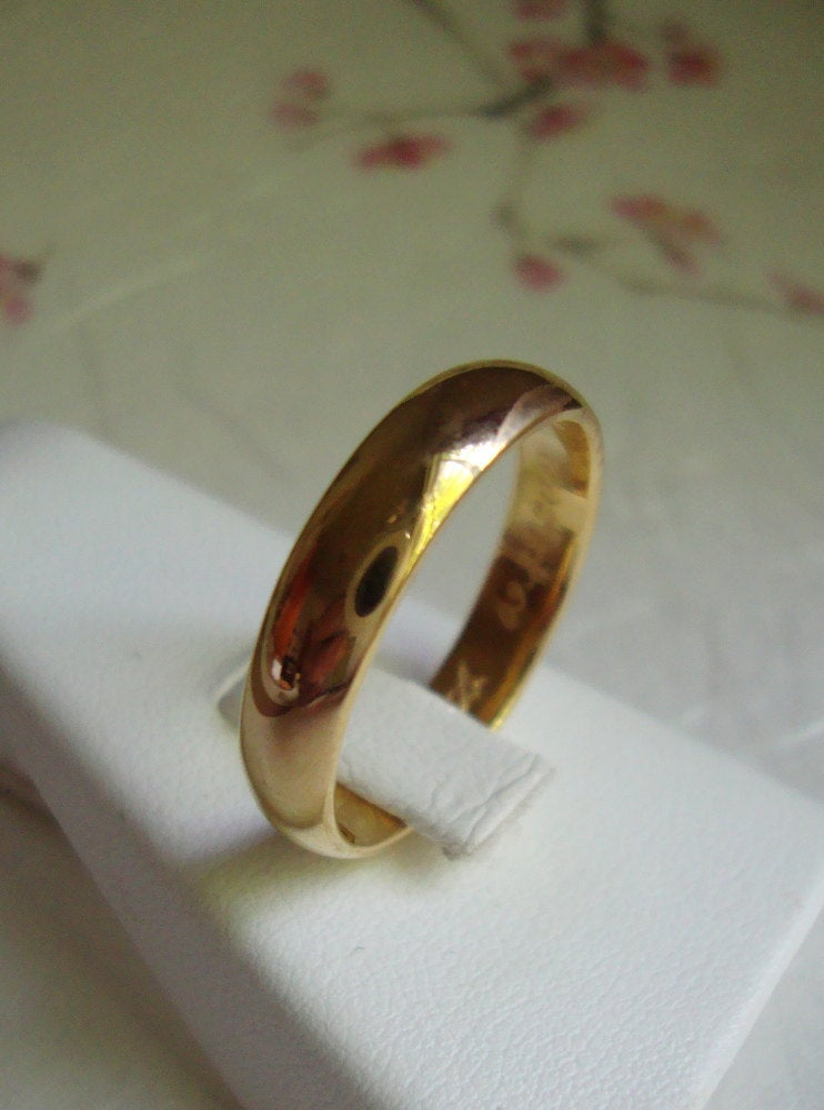 22k solid Gold classic wedding band with custom engraving inside