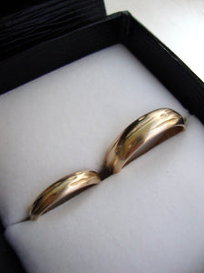 Solid 14k Gold Birch Wedding Band Set birch design on the rings custom engraved