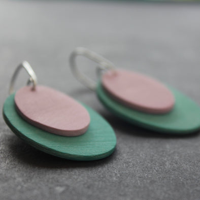 Clare Lloyd - Scratch oval earrings in duck egg / pink