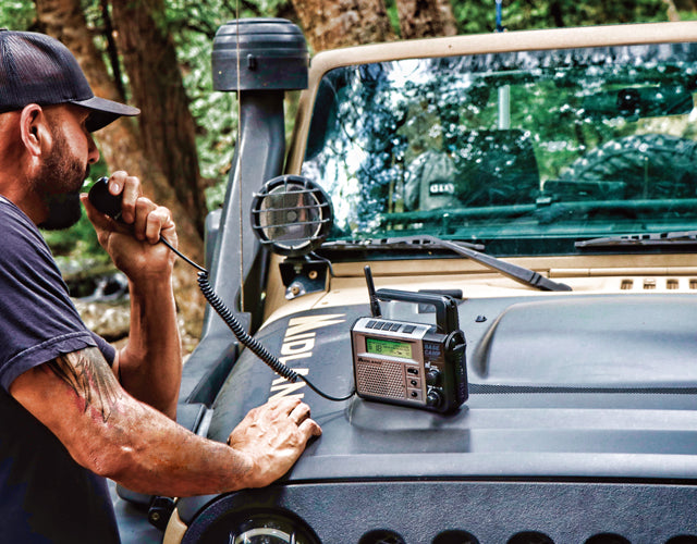 Stay informed with the 5 Watt XT511 GMRS base station