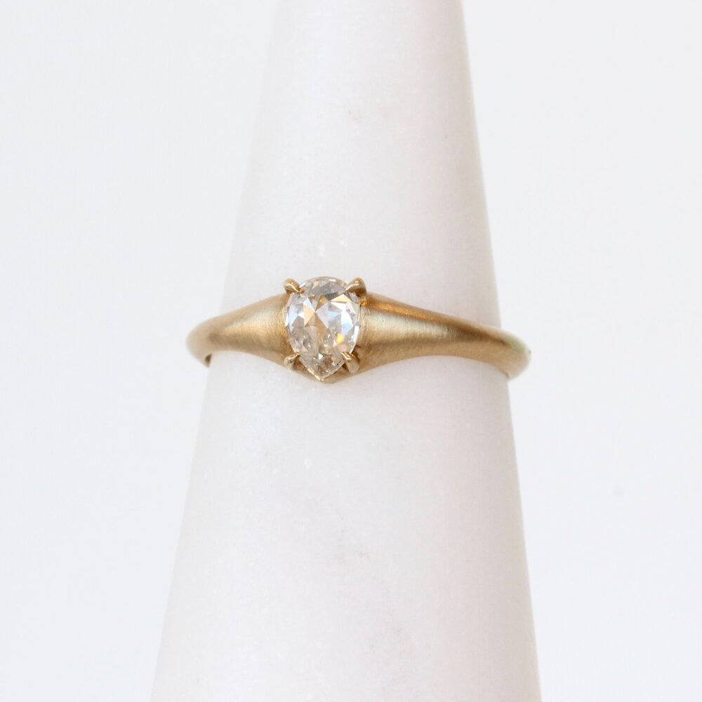 Load image into Gallery viewer, Eagle Claw Diamond Ring