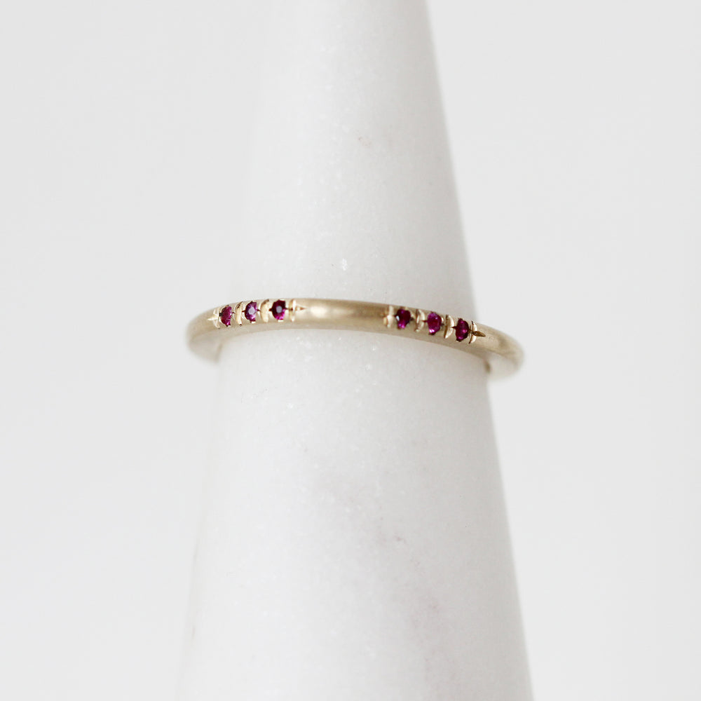 Load image into Gallery viewer, Ruby/Pink Sapphire Bitel Ring