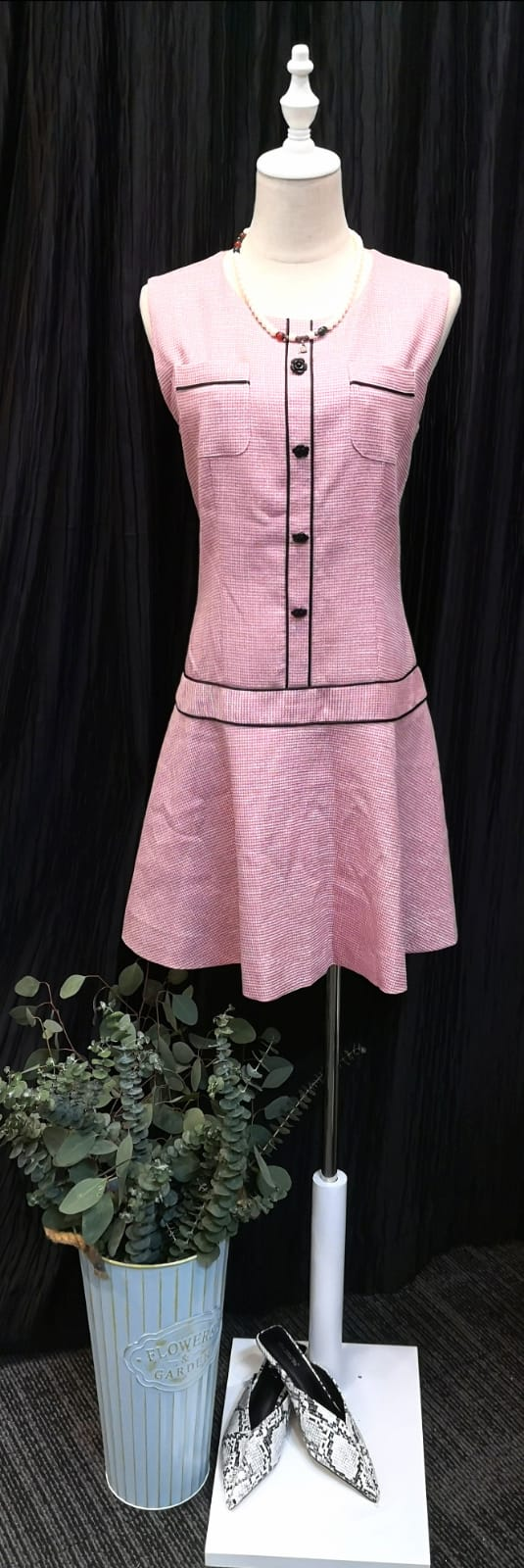Baby Pink Sleeveless Buttoned-up Dress