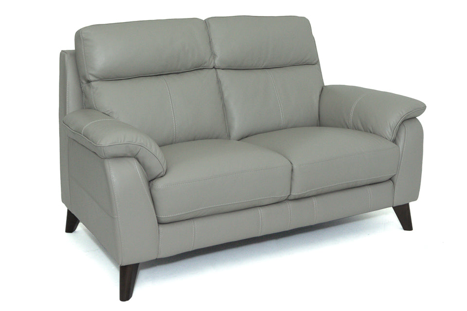 Giovanna 2 Seater in Leather