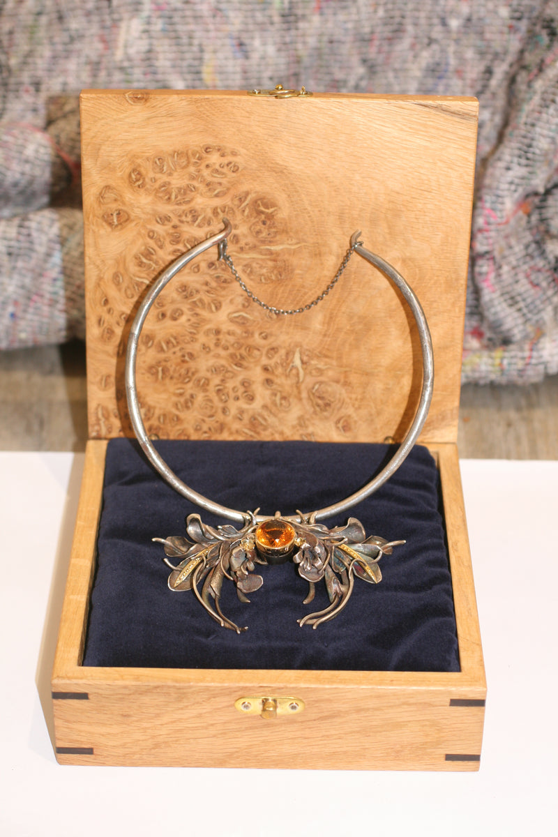 Autumn Burst Choker
