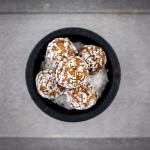 Coconut Energy Balls - Power Kitchen