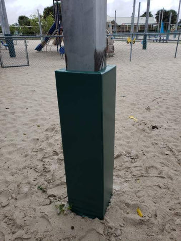 Outdoor green safety column pad for a playground