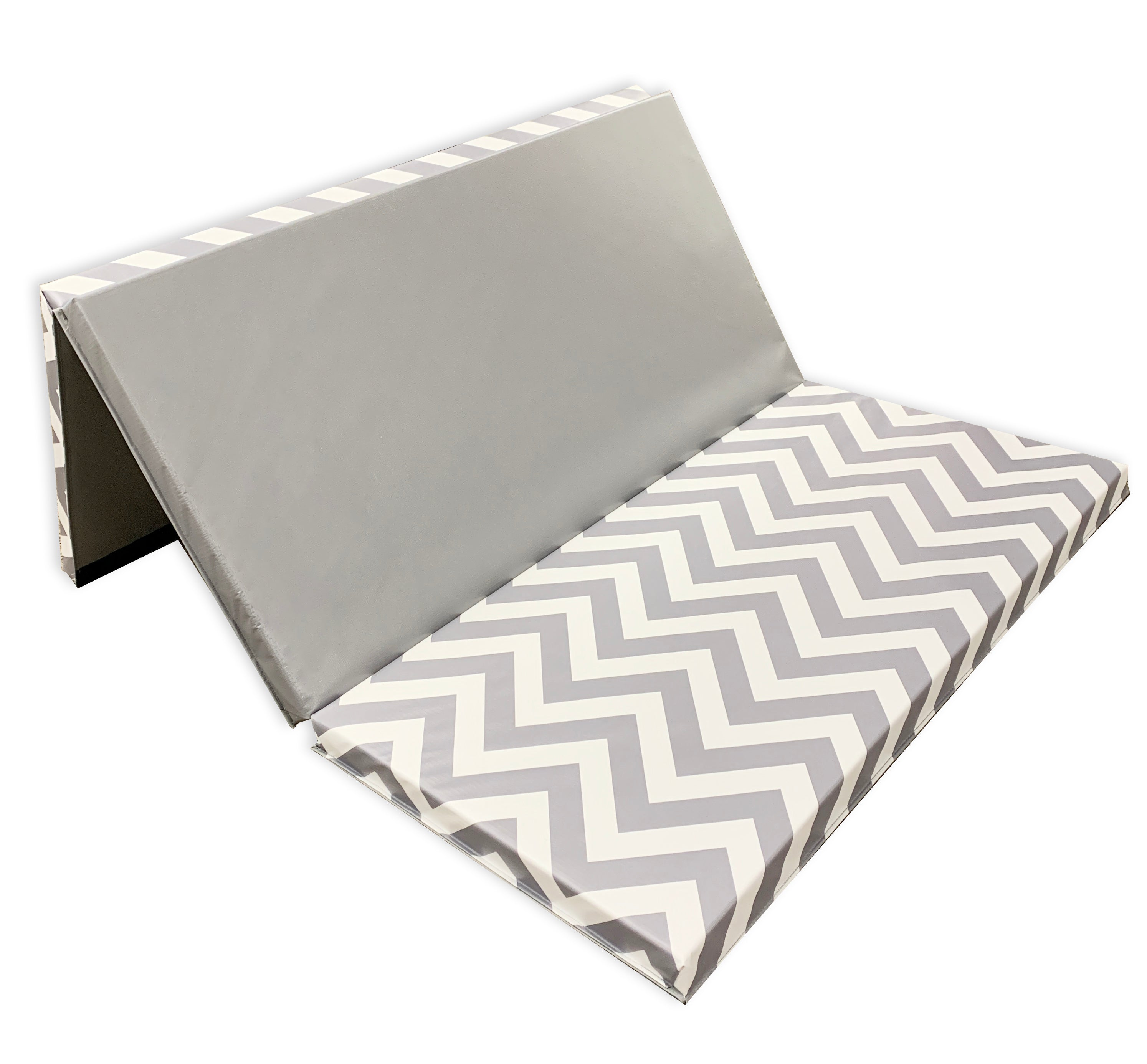 "Chevron Zigzag 4' x 6' x 2"" Intermediate Level Folding Gymnastics Mat"