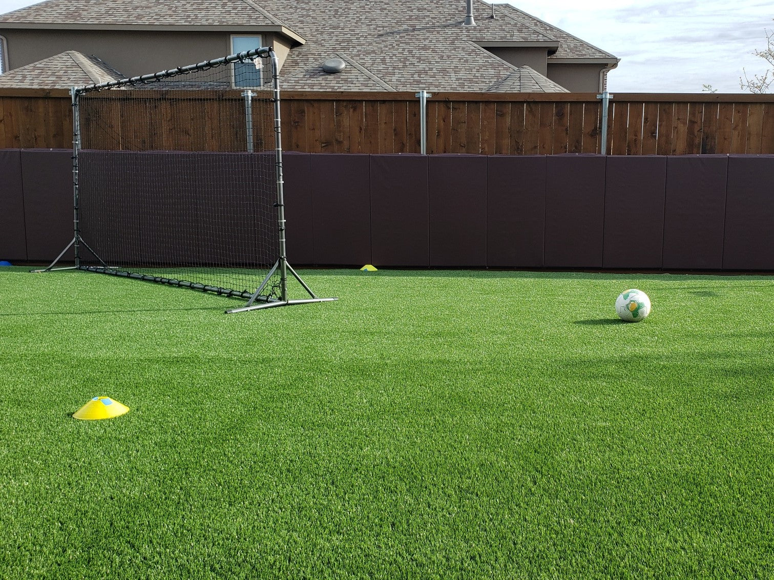 Home Outdoor Fence Mats for Soccer Practice