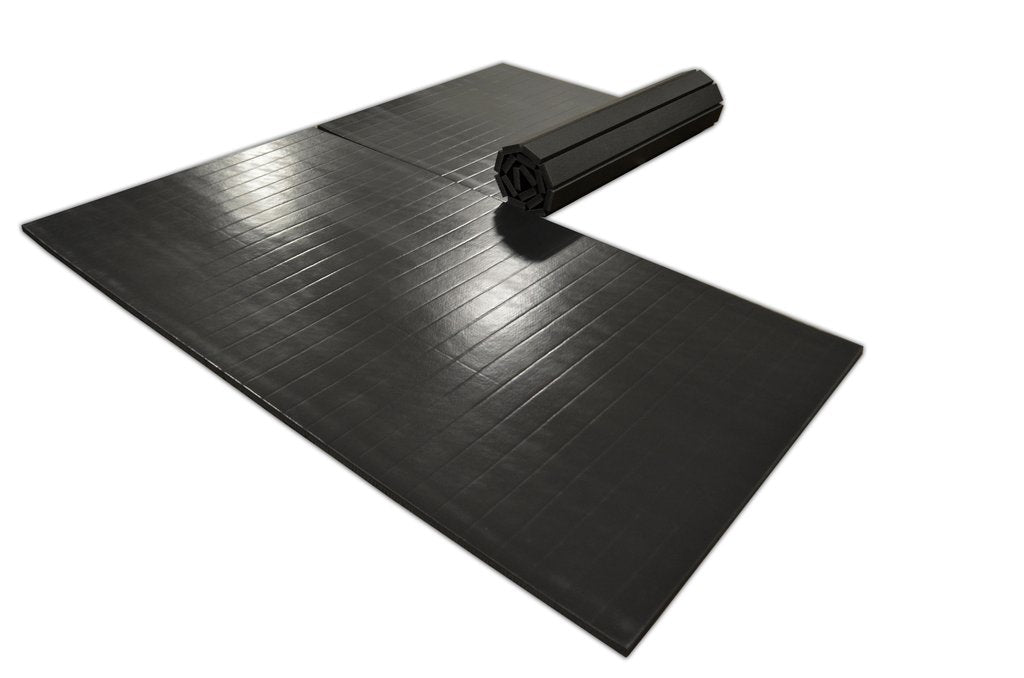 10' x 10' roll up martial arts mat black