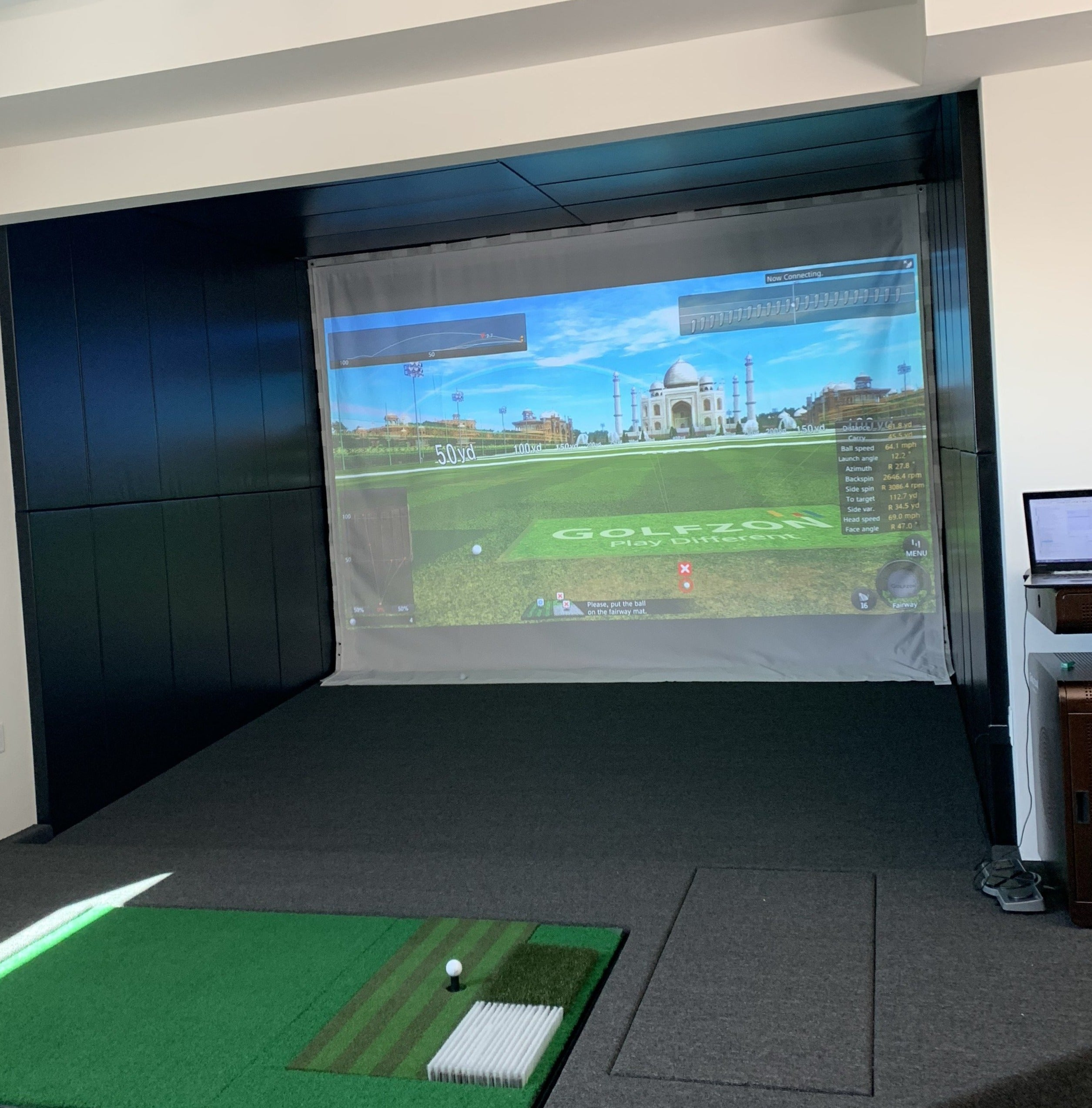 Home wall pads for golf simulator