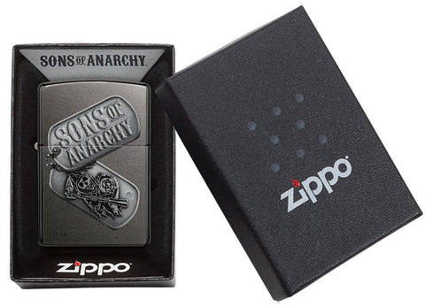 Zippo-aansteker grijs Sons of Anarchy met militaire hanger in open doos