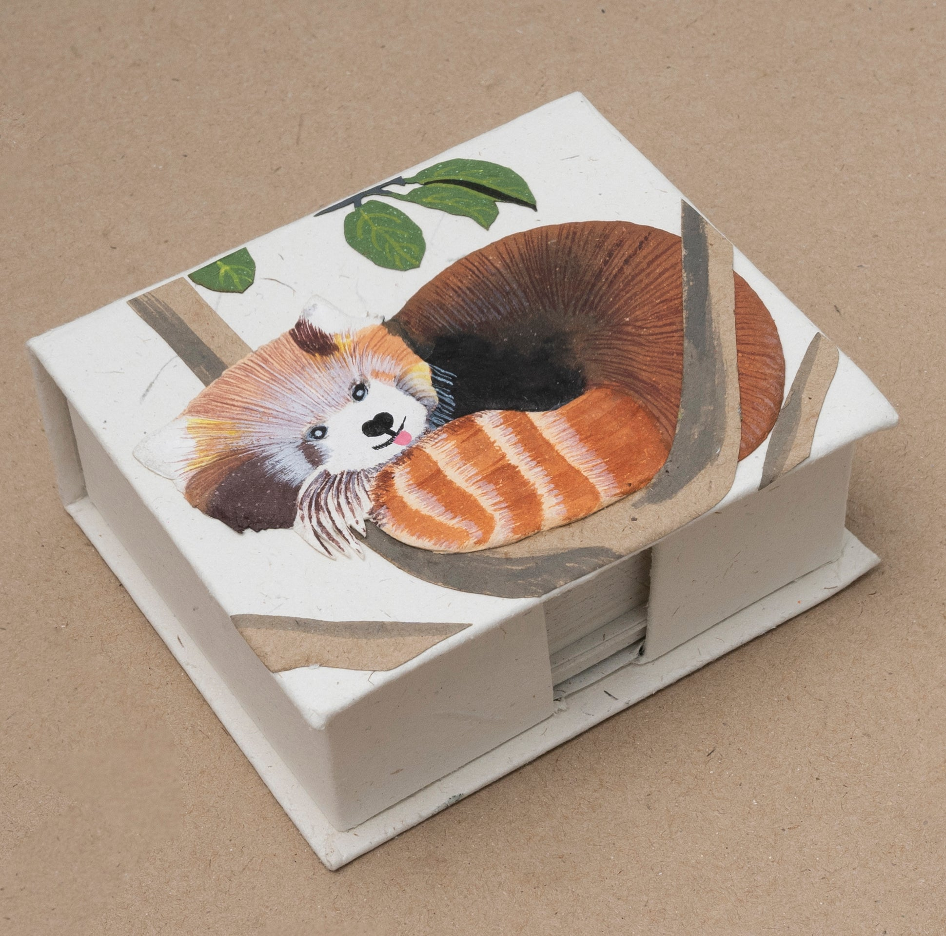 Note Box Red Panda Natural White