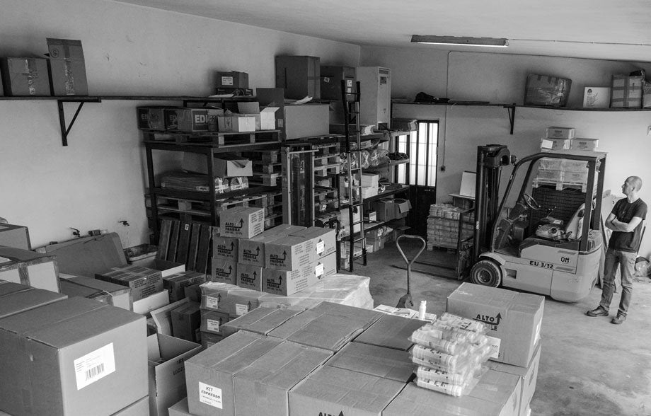 Alberto in his first warehouse where he stored products until 2013