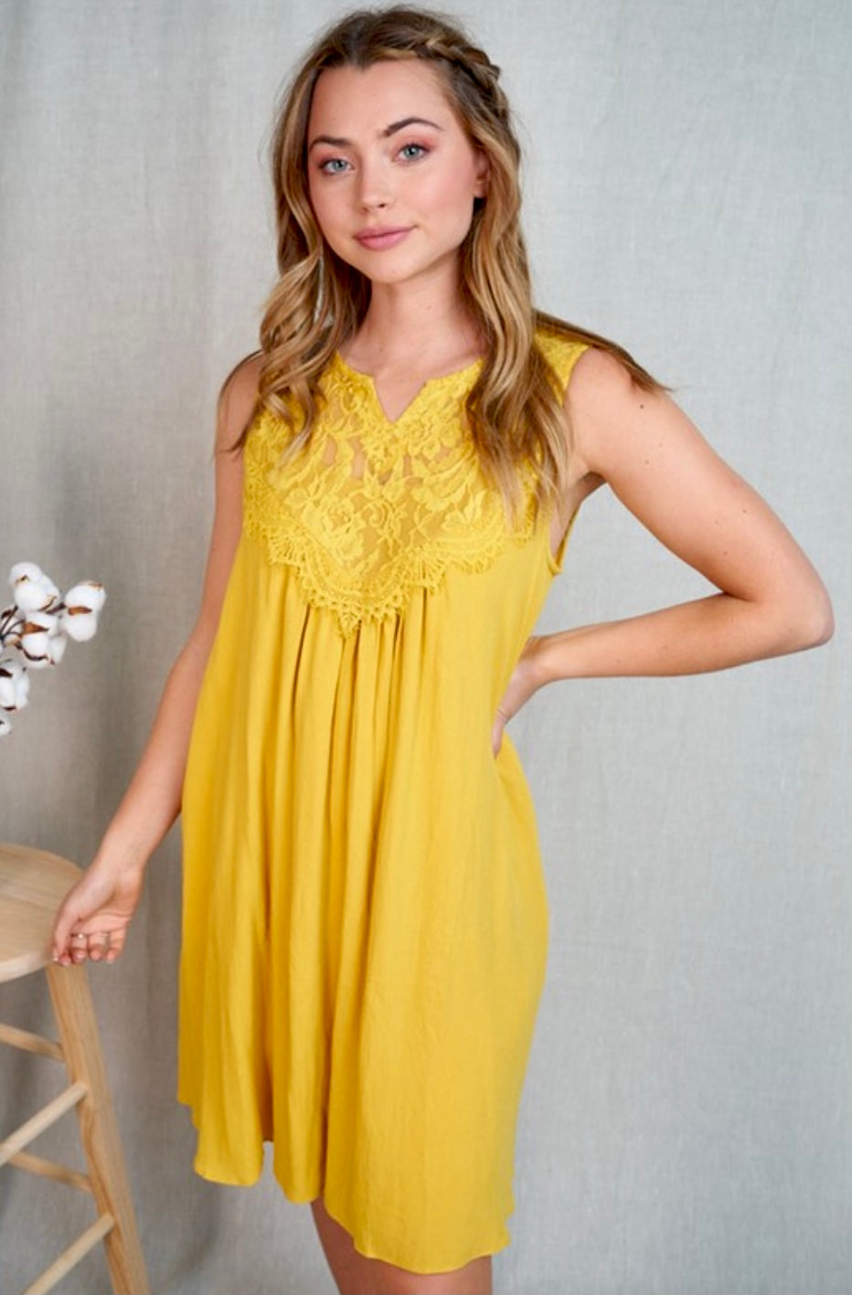 First Date Lace Dress In Honey