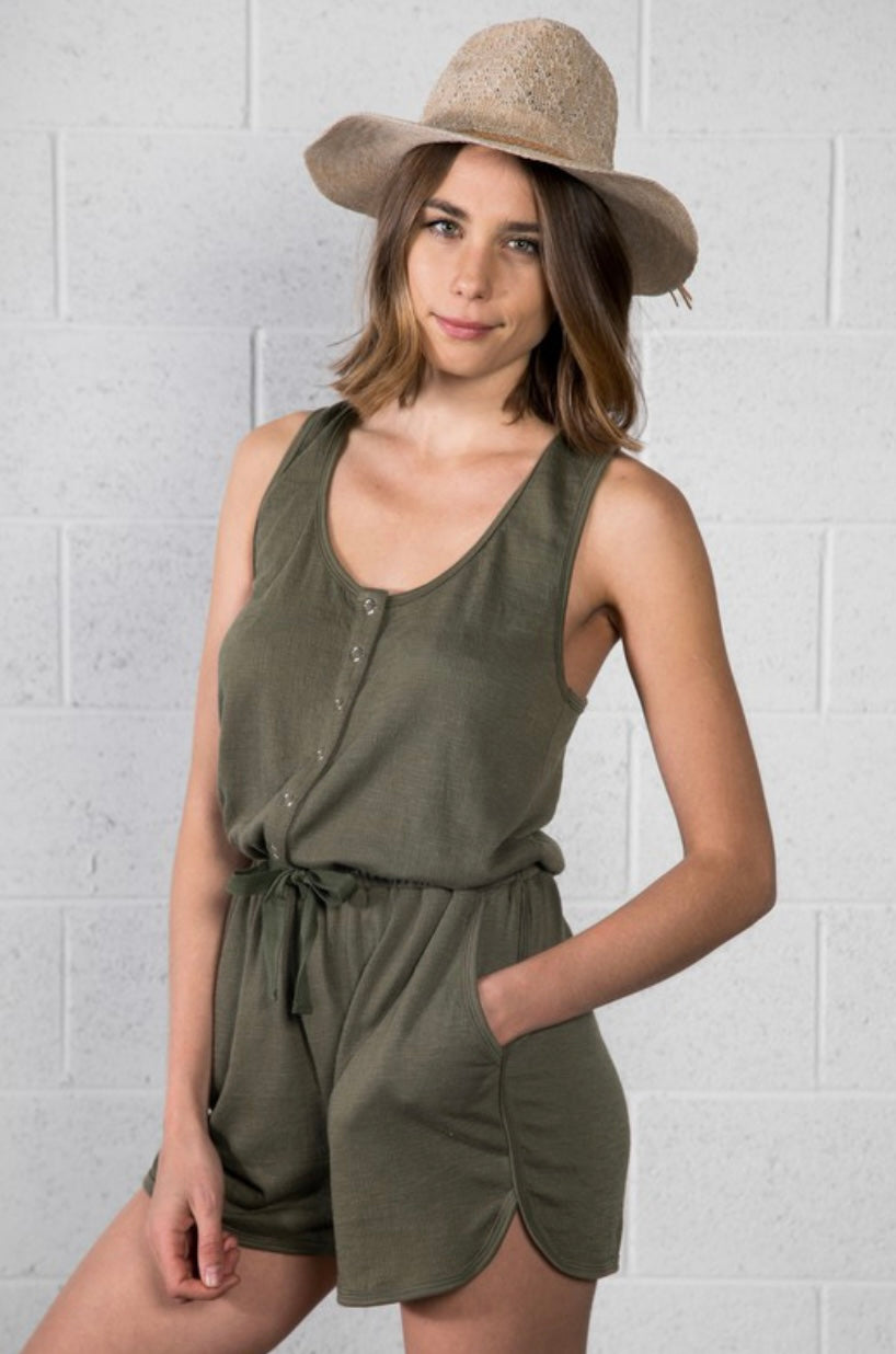 Summer Vacation Romper In Olive