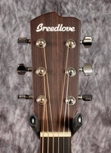 Load image into Gallery viewer, Breedlove Discovery Concertina w/Bag