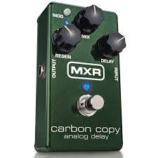 The Carbon Copy Analog Delay delivers rich, warm bucket-bridgade delay with up to 600ms of delay time and modulation.