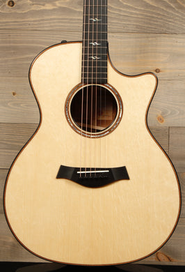 Taylor Custom GA Bearclaw Spruce / Quilted Sapele / V-Class - Mojo's Music