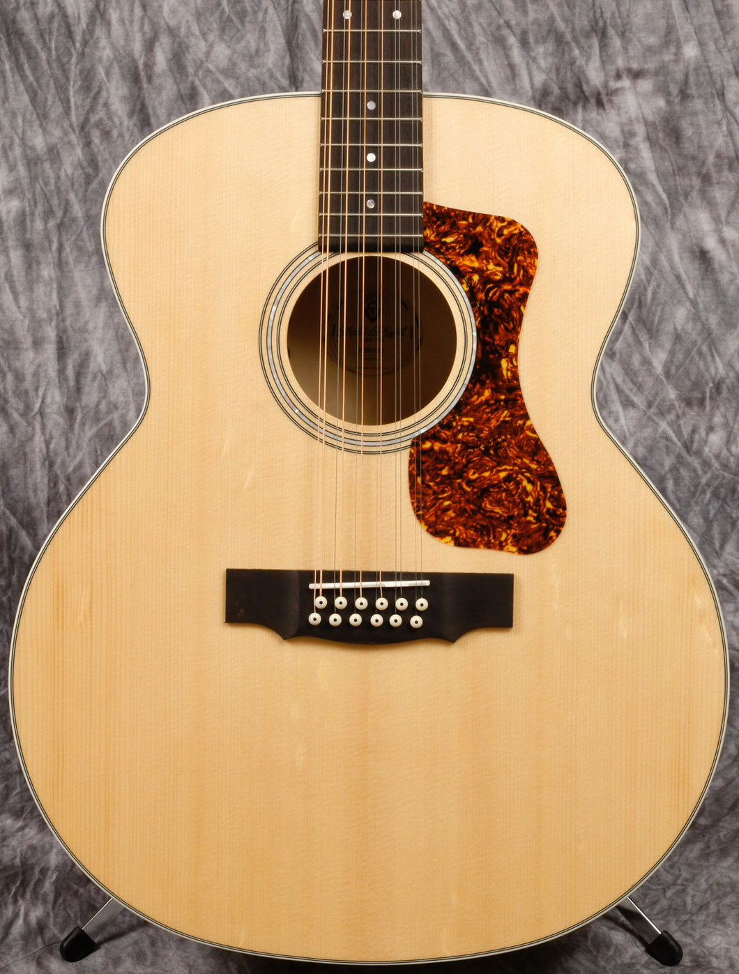 Guild F-2512E Maple BLD
