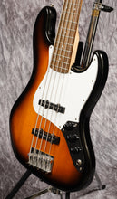 Load image into Gallery viewer, Squier Affinity Jazz V Bass (USED)