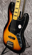 Load image into Gallery viewer, G&L Tribute JB 3-Tone Sunburst