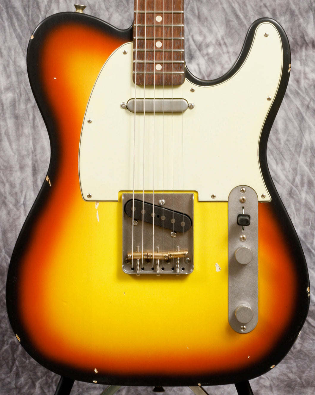 Nash T-63 3-Tone Sunburst Mint Pickguard