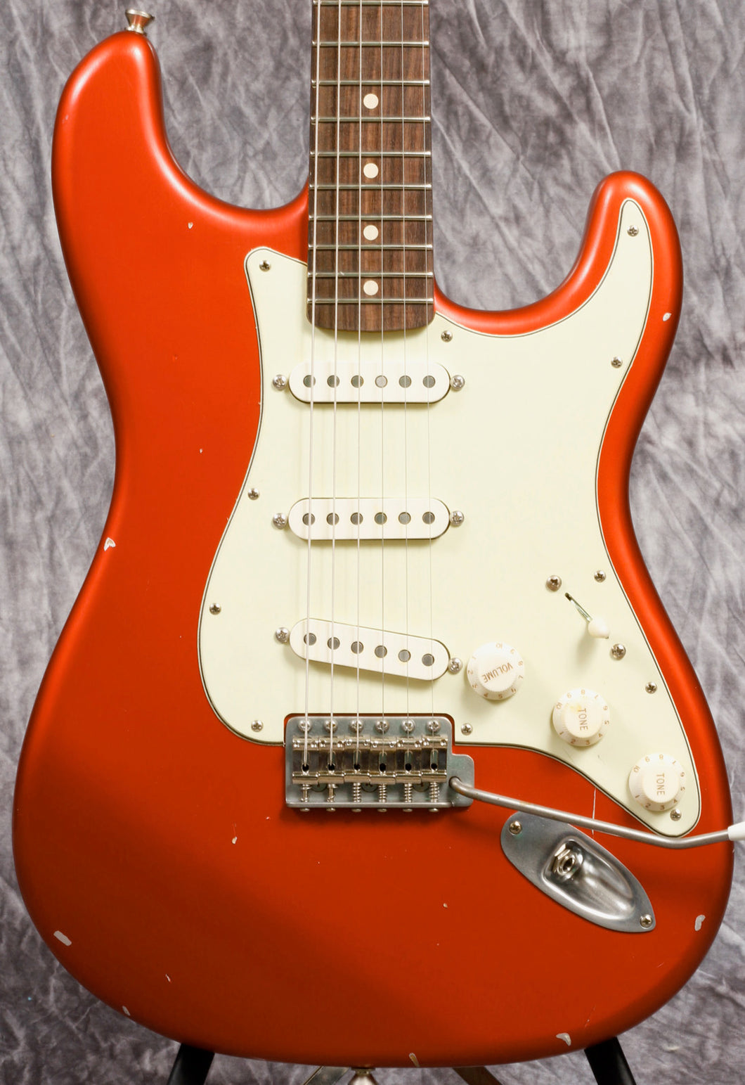 Nash S-63 Candy Apple Red Rosewood