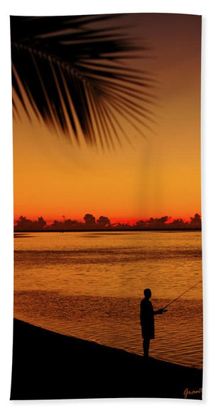 Open image in slideshow, Fishing at Dawn - Beach Towel