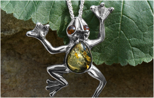 sterling-silver-frog-necklace