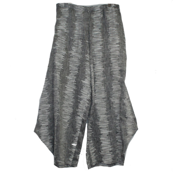 M Square Pant, Out There, Grey/White Sizes M/L and L/XL