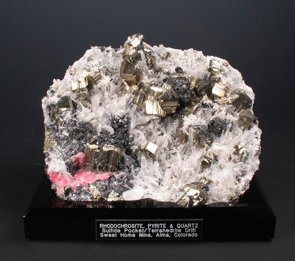 4655 - PYRITE on QUARTZ with RHODOCHROSITE