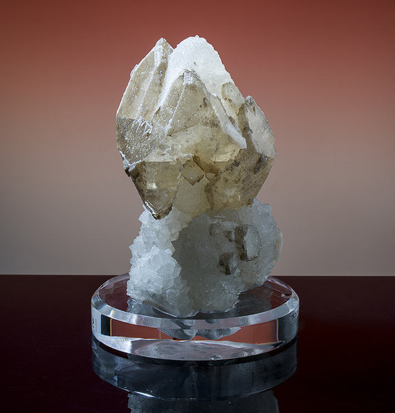 7633 - CALCITE on CHALCEDONY