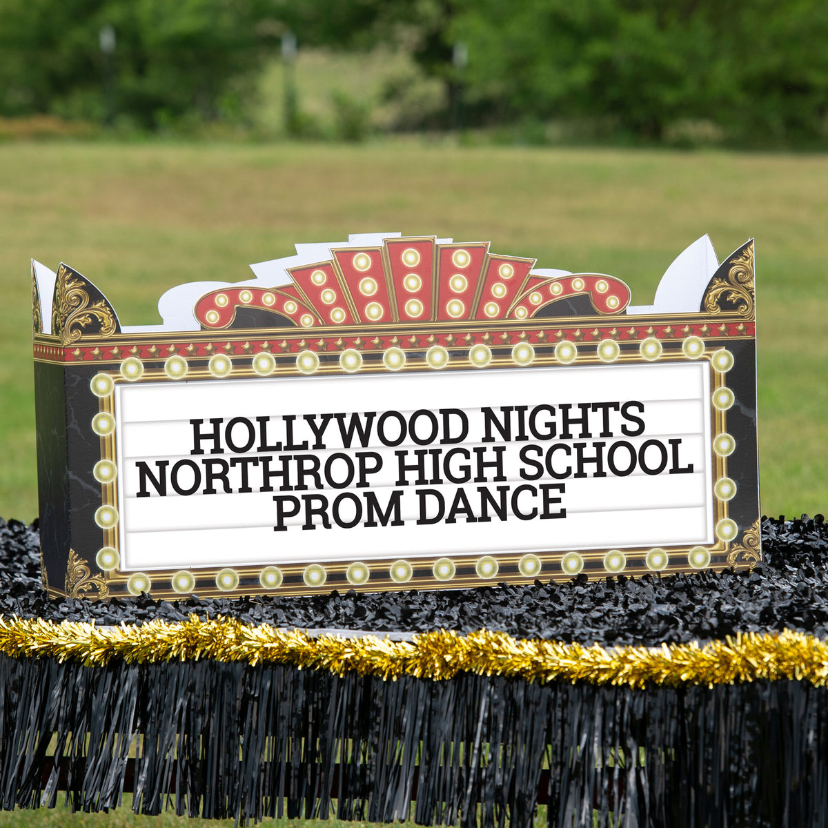 2 ft. 7 in. Hollywood Marquee Sign Parade Float Kit