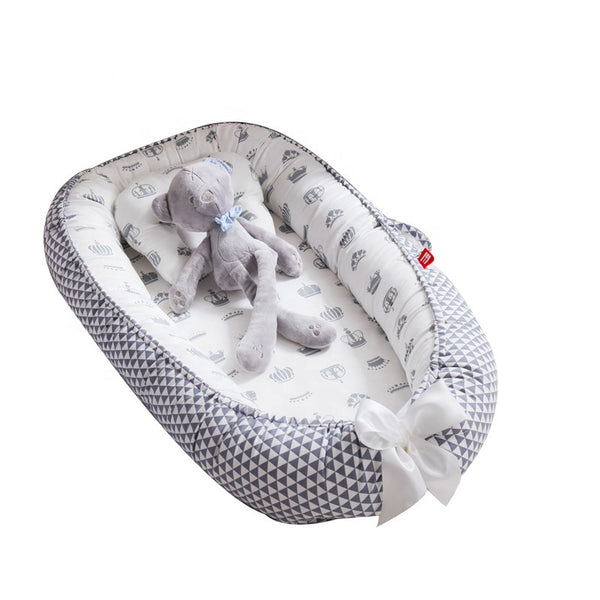 Baby Lounger Nest Portable Crib and Bassinet Perfect for Co Sleeping
