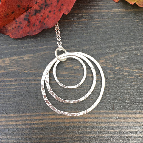 Triple Circle Necklace ~ Shiny