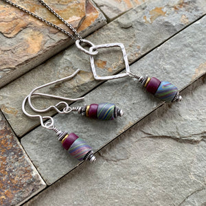 Marbled Stack Window Necklace