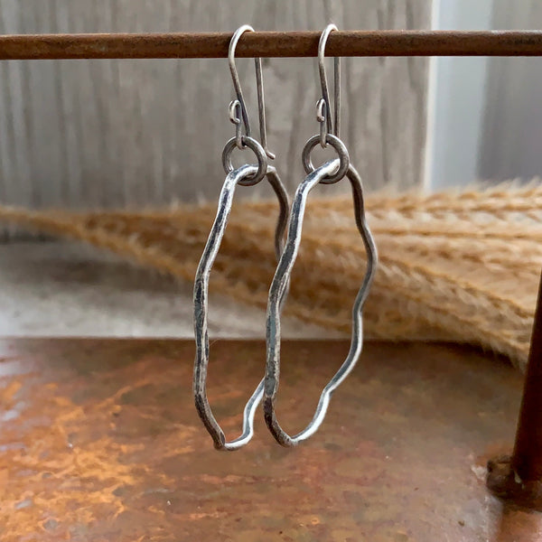 Wavy Hoop Earrings ~ Oxidized