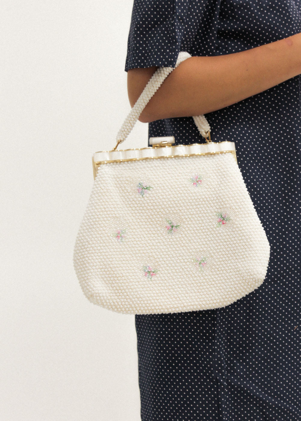 Vintage Beaded White/Floral Purse