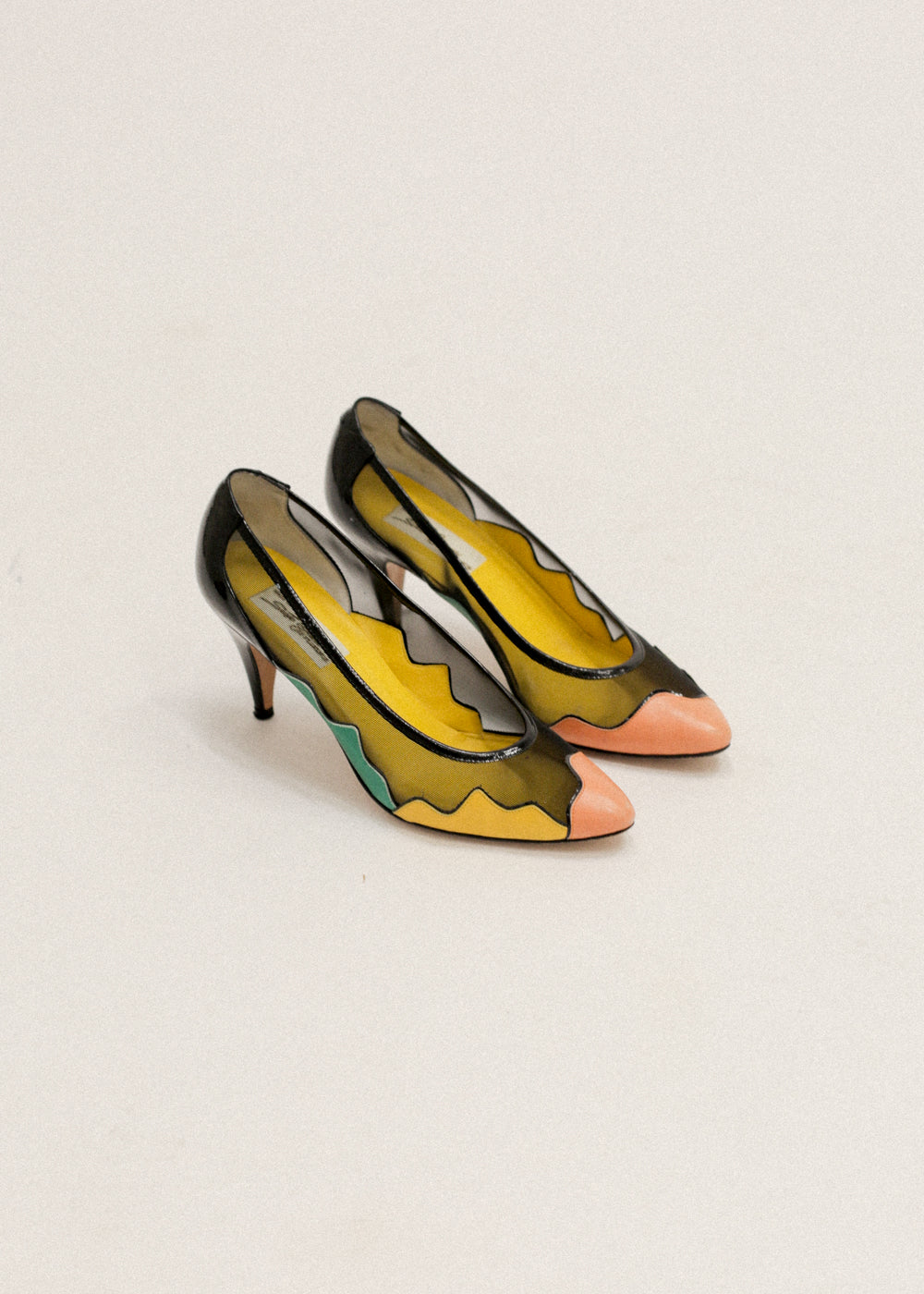 Vintage Mesh/Colourblocked Pumps