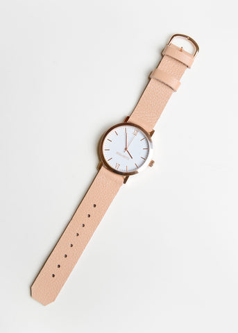 Rose Gold Round Watch in Pale Pink