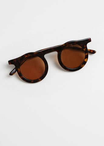 Lind Sunglasses in Hawksbill+Sandstorm