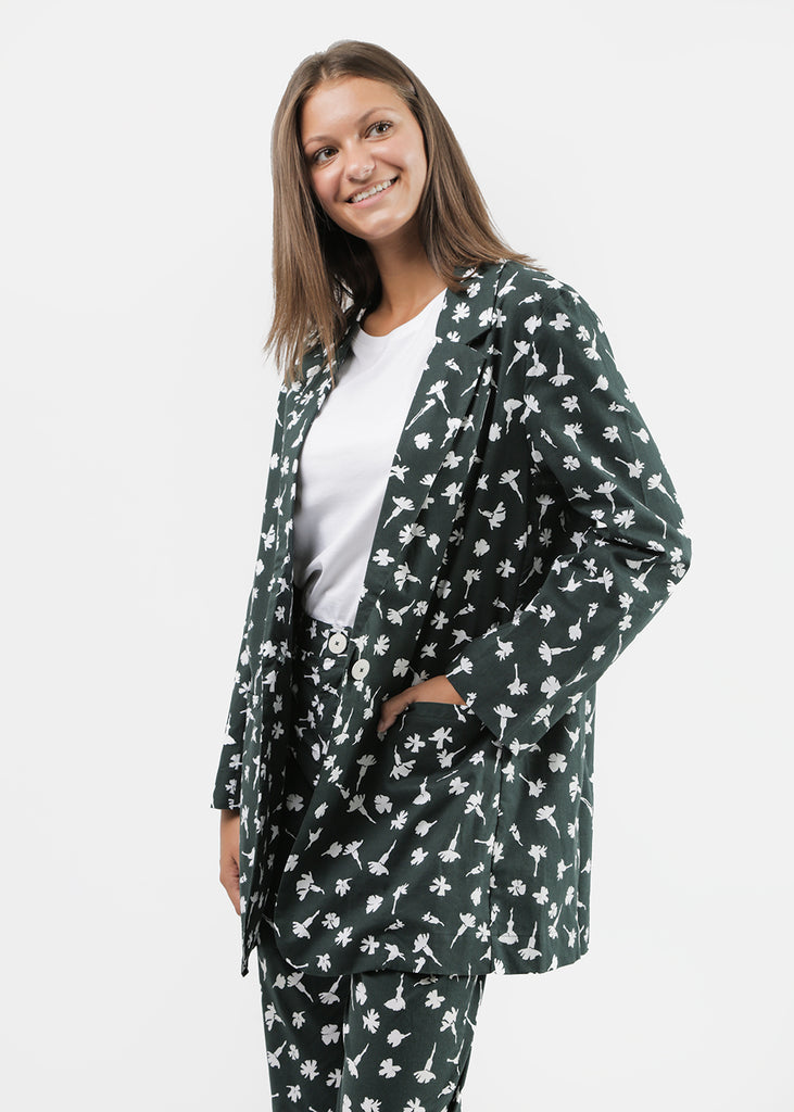 Kowtow Departure Blazer — Shop sustainable fashion and slow fashion at New Classics Studios