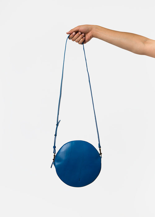 VereVerto Miro Bag in Cobalt — New Classics Studios