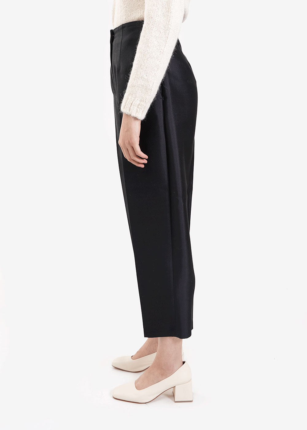 AMOMENTO Silk Structured Pants — New Classics Studios