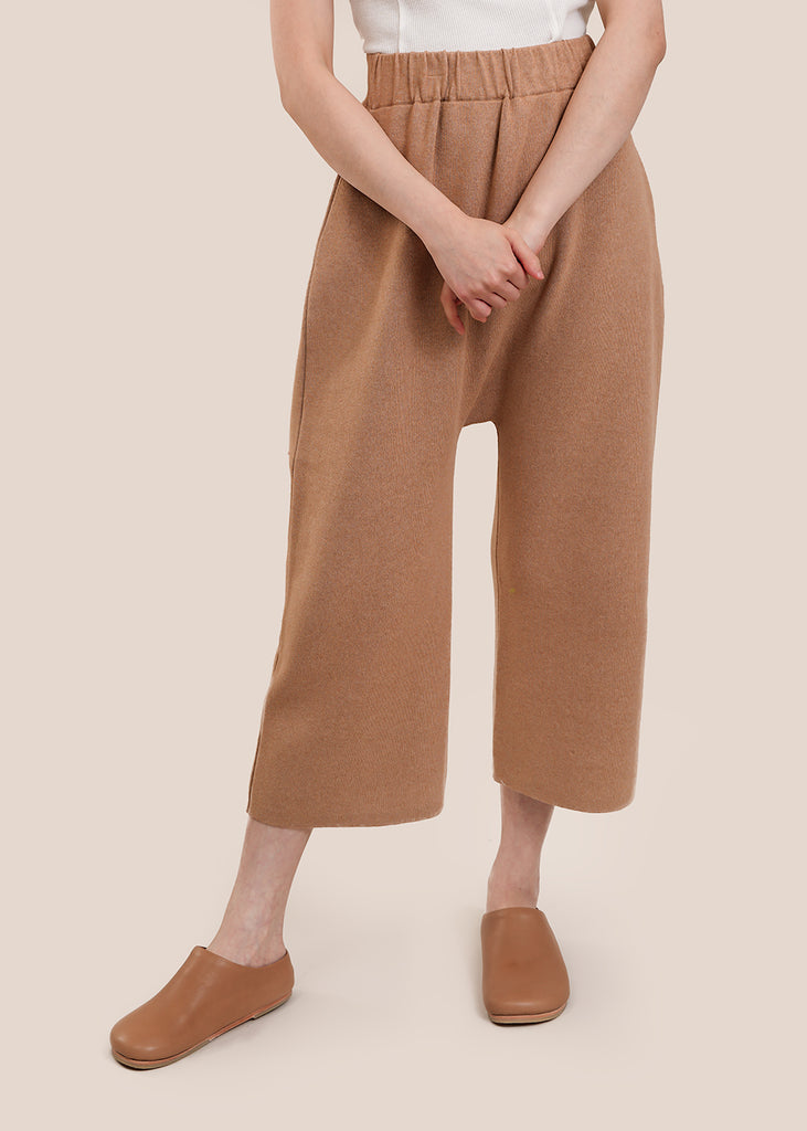 Interlock Peg Pants
