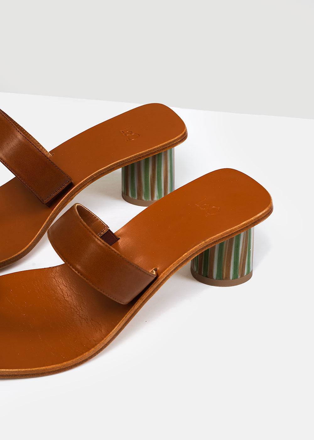 LoQ Flan Tere Sandals — Shop sustainable fashion and slow fashion at New Classics Studios