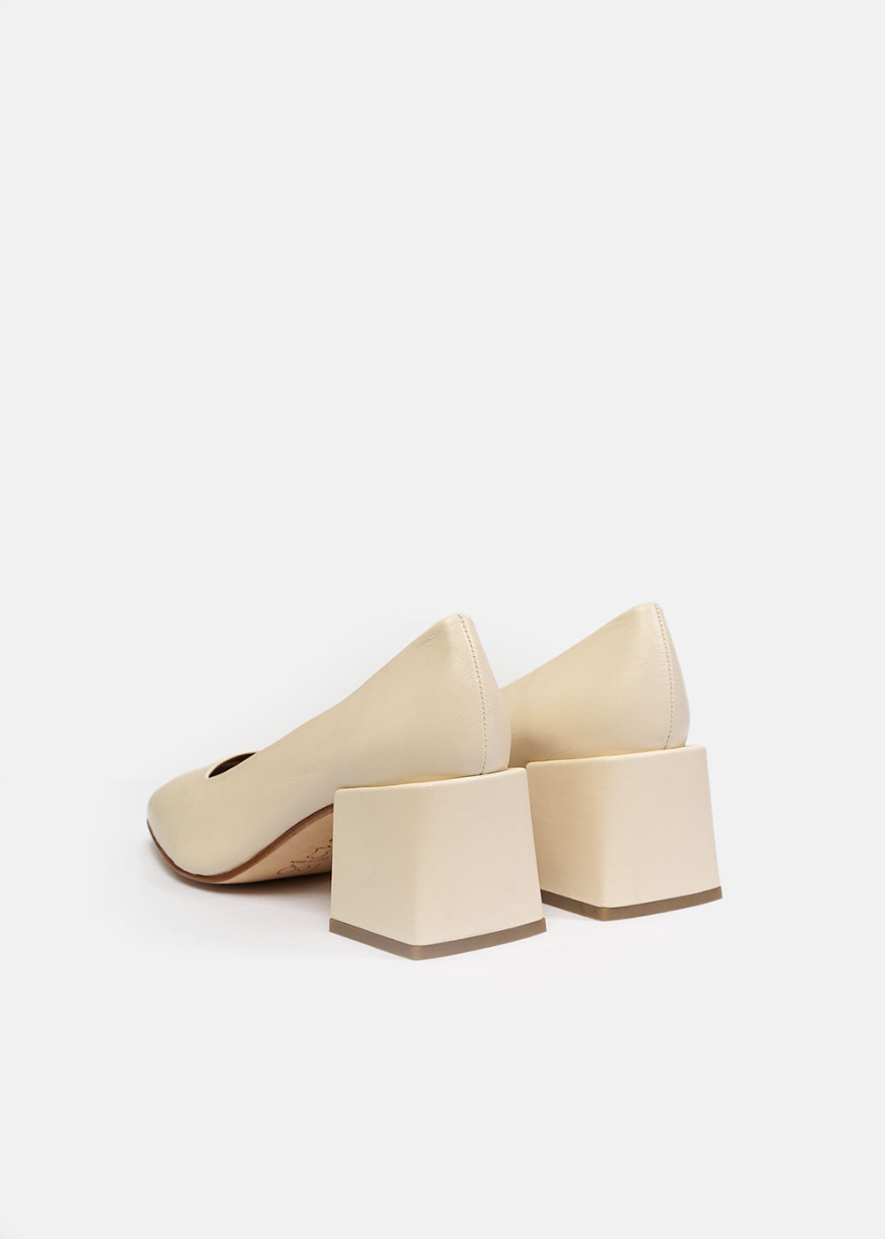 LoQ Crema Villa Heels — Shop sustainable fashion and slow fashion at New Classics Studios