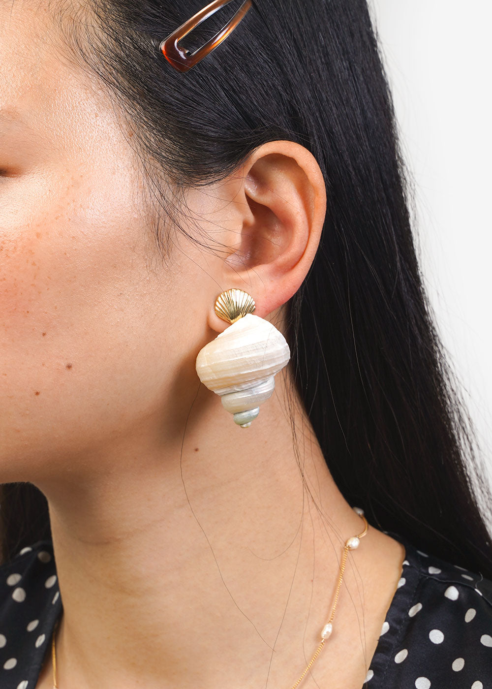 LUINY Concha & Caracol Shell Earrings — New Classics Studios