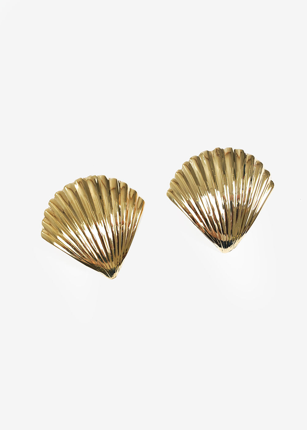 LUINY Concha Earrings — New Classics Studios